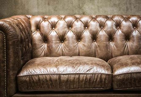 Jasa Cuci Sofa kulit